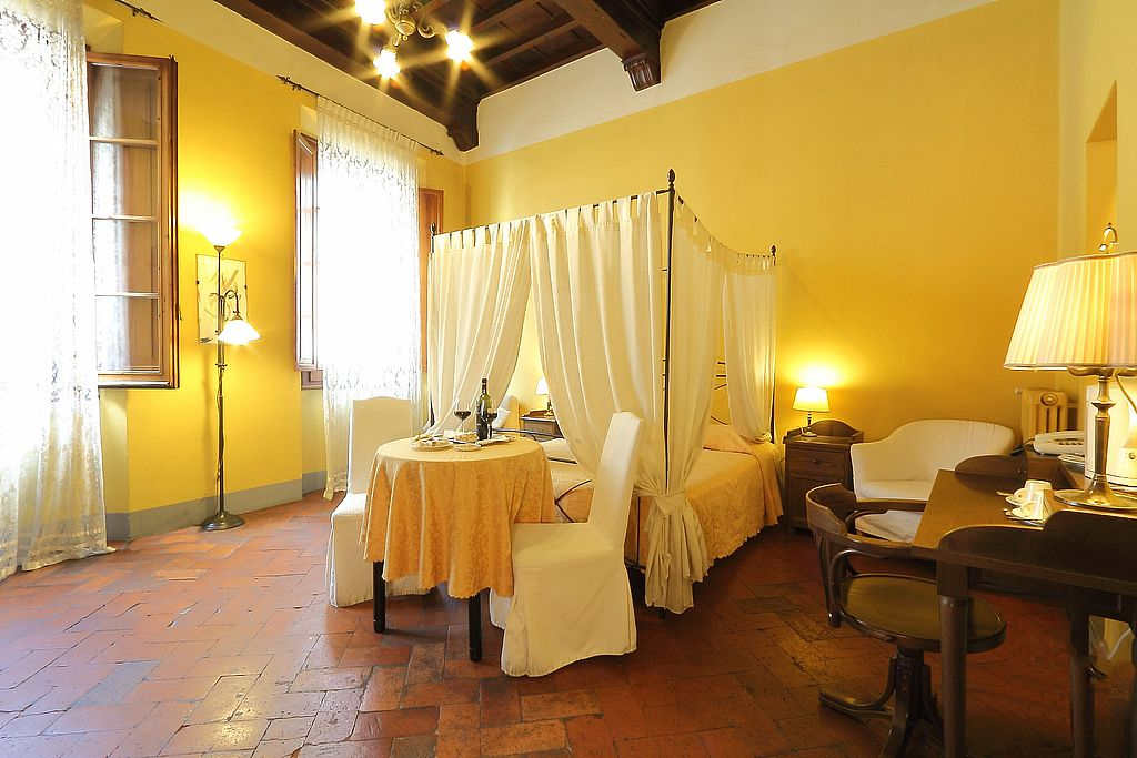 A room at the Hotel Residenza del Proconsolo, Florence